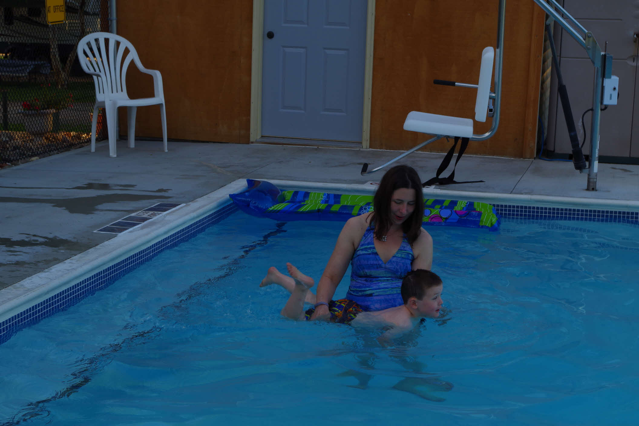 Family friendly sparkling clean st cloud clearwater rv - Pools on the park swimming lessons ...